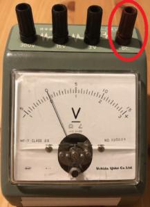 電圧計の写真2