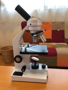 ステージ上下式顕微鏡