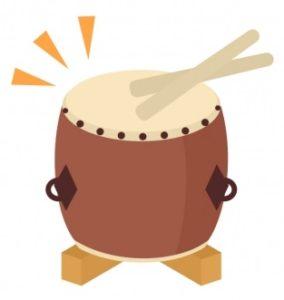 太鼓をたたく